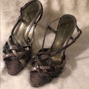 BANDOLINO snakeskin strappy high heels!